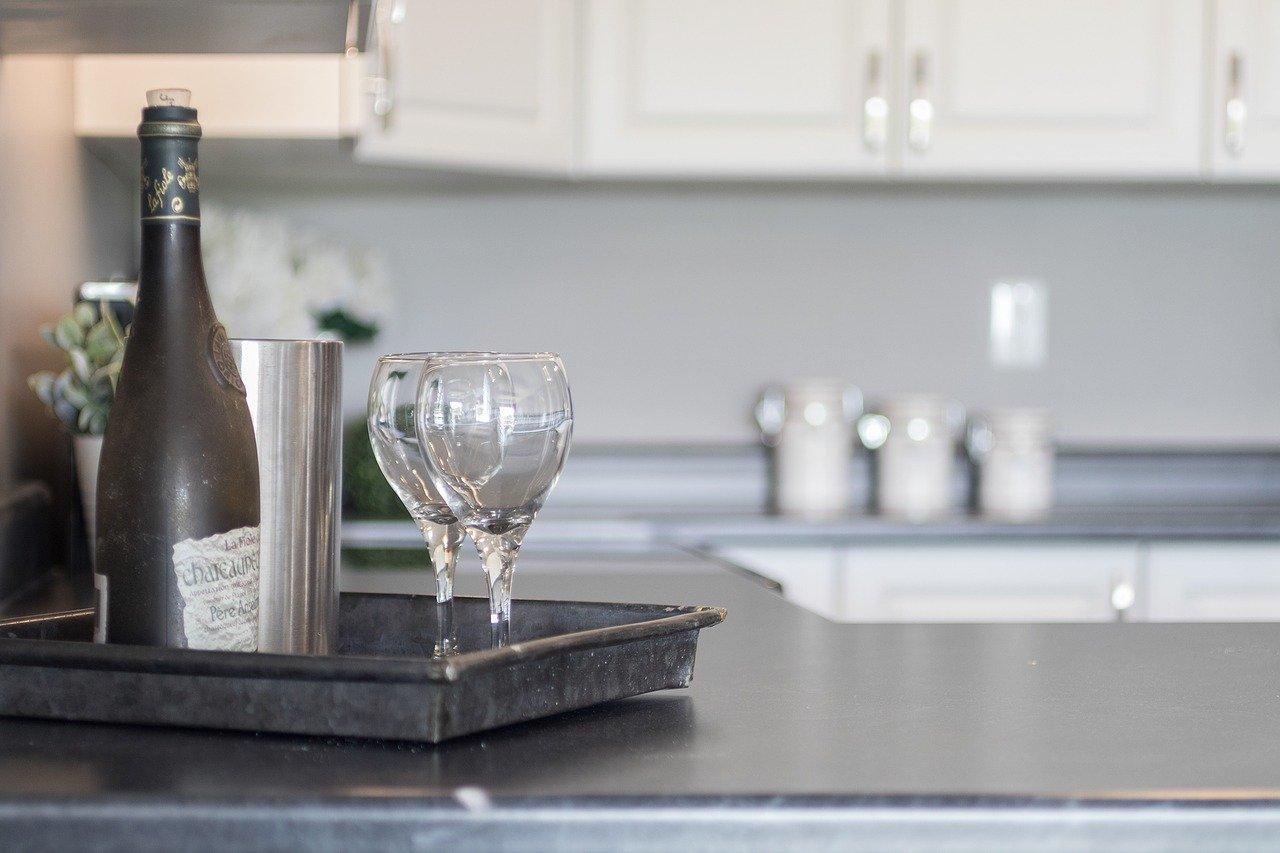 Read more about the article 3 utilisations du vin blanc sec en gastronomie